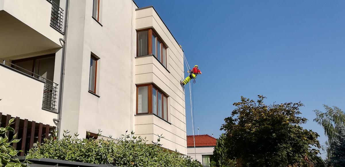 Mycie  elewacji budynków Warszawa